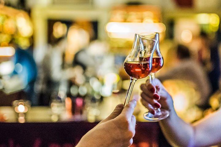 Co s pátečním večerem? Místo, kde vyzkoušíte ten nejlepší  #rum už přeci dávno z