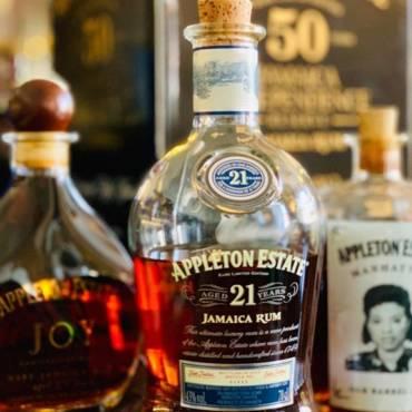 Přátelé, nezapomeňte, že hned v pondělí pořádáme rumovou degustaci pod taktovkou